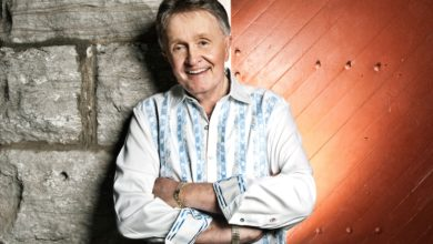 Who's Bill Anderson? Wiki: Son