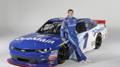 Who's Elliott Sadler? Bio: Net Worth