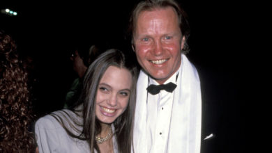 Who is Jon Voight? Bio: Daughter
