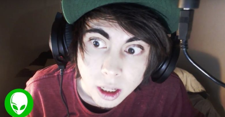LeafyIsHere's Bio: Girlfriend