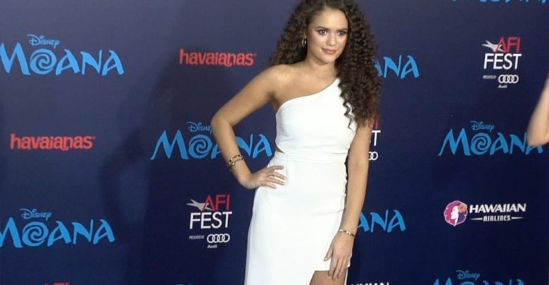 Madison Pettis's Bio: Parents