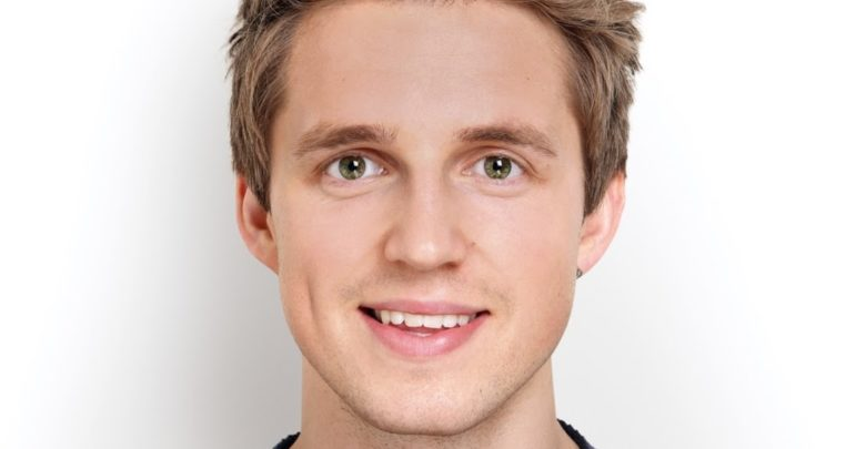 Who's Marcus Butler? Bio: Family