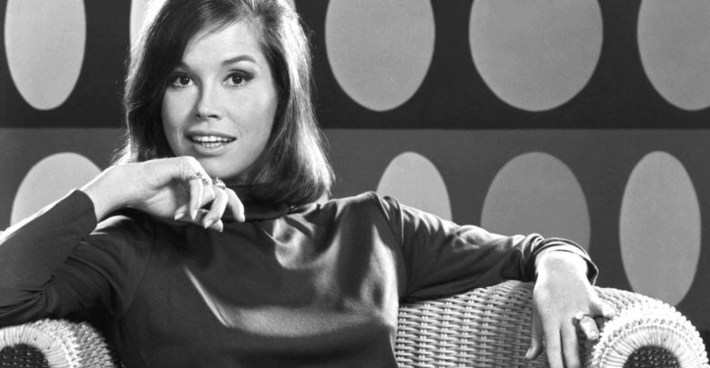 Who is Mary Tyler Moore? Wiki: Son