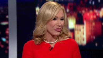 Who is Paula White? Bio: Net Worth
