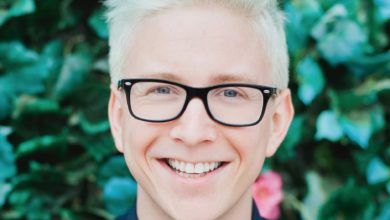 Tyler Oakley's Bio: Net Worth